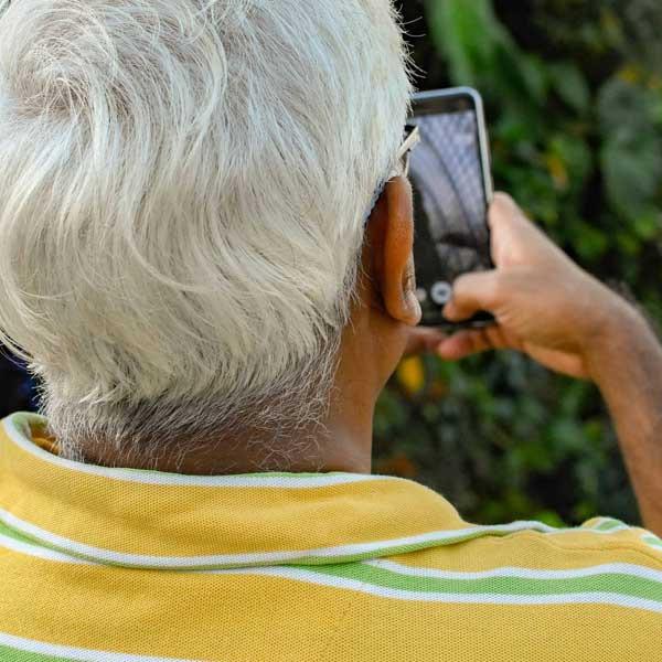 bedste aeldrevenlige mobiltelefoner